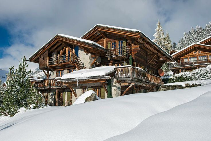Chalet Les Lutins nestles in woodland above Medran in the La Tinte area, one of…