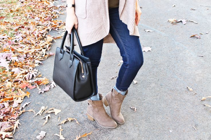 Beige Cardigan with Olive Green Sweater and Denim Jeans and Tan Western Boots and Black Handbag. Fall Fashion. Fall Foliage.  Smoky Mountains. Tennessee.