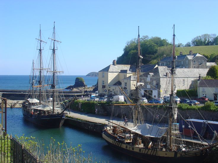 #Charlestown #Cornwall #Harbour Great pic of the tallships located at Charlestown Harbour, Cornwall. Image courtesy of http://www.CornishSunsets.co.uk