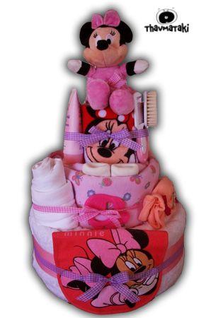 Το αγαπημένο Κλασικό Ροζ thavmataki με μικές παραλλαγές για να περιλαμβάνει και την αγαπημένη ηρωίδα Minnie! Περιέχει 3 ορόφους πάνες, μια μεγάλη πετσέτα για το μπάνιο της, μια κουβερτούλα, ένα σεντονάκι-πάνα αγκαλιάς, ένα βαμβακερό πετσετάκι, ένα σετάκι με φορμάκι εσώρουχο και ολόσωμο φορμάκι-πιτζαμάκι, μια σαλιάρα, ένα ζευγάρι καλτσάκια, μια βρεφική κρεμούλα, ένα σετάκι με χτένα και βούρτσα, ένα μασητικό και μια όμορφη λούτρινη Minnie! Τιμή 80€