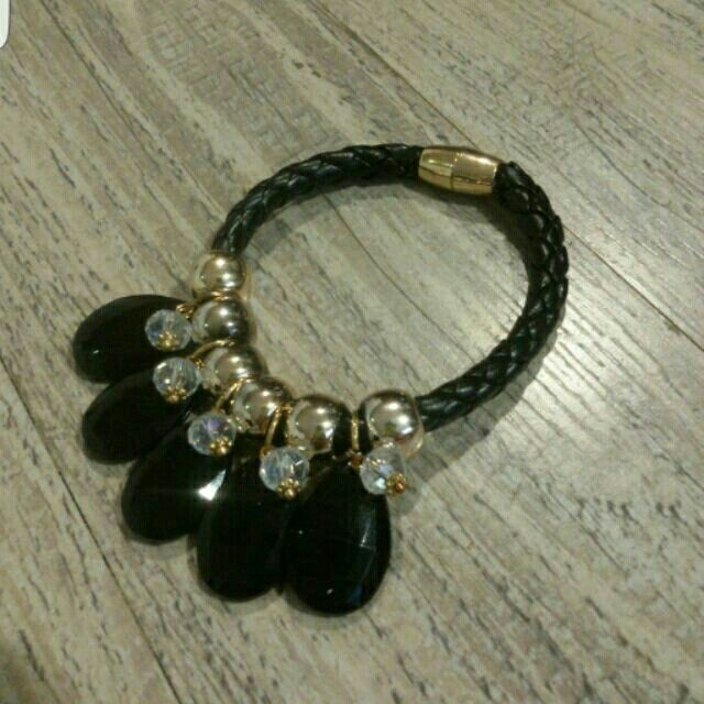 I'm selling Charmed Bracelet for ₱150.00. Get it on Shopee now!http://shopee.ph/tweety19cutie60/4653119 #ShopeePH