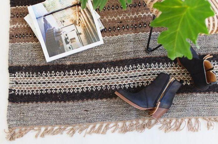 Je suis tombée en amour des tapis Pampa fabriqués à la main en Argentine. Ils sont fabuleux, aussi bien dans les tons neutres que dans les gammes colorées.