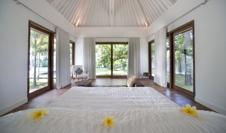 Peaceful bedroom at Villa Roman - Indonesia