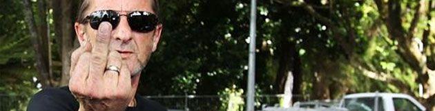 Phill Rudd, exbatería de AC/DC, acusado de violar su arresto domiciliario