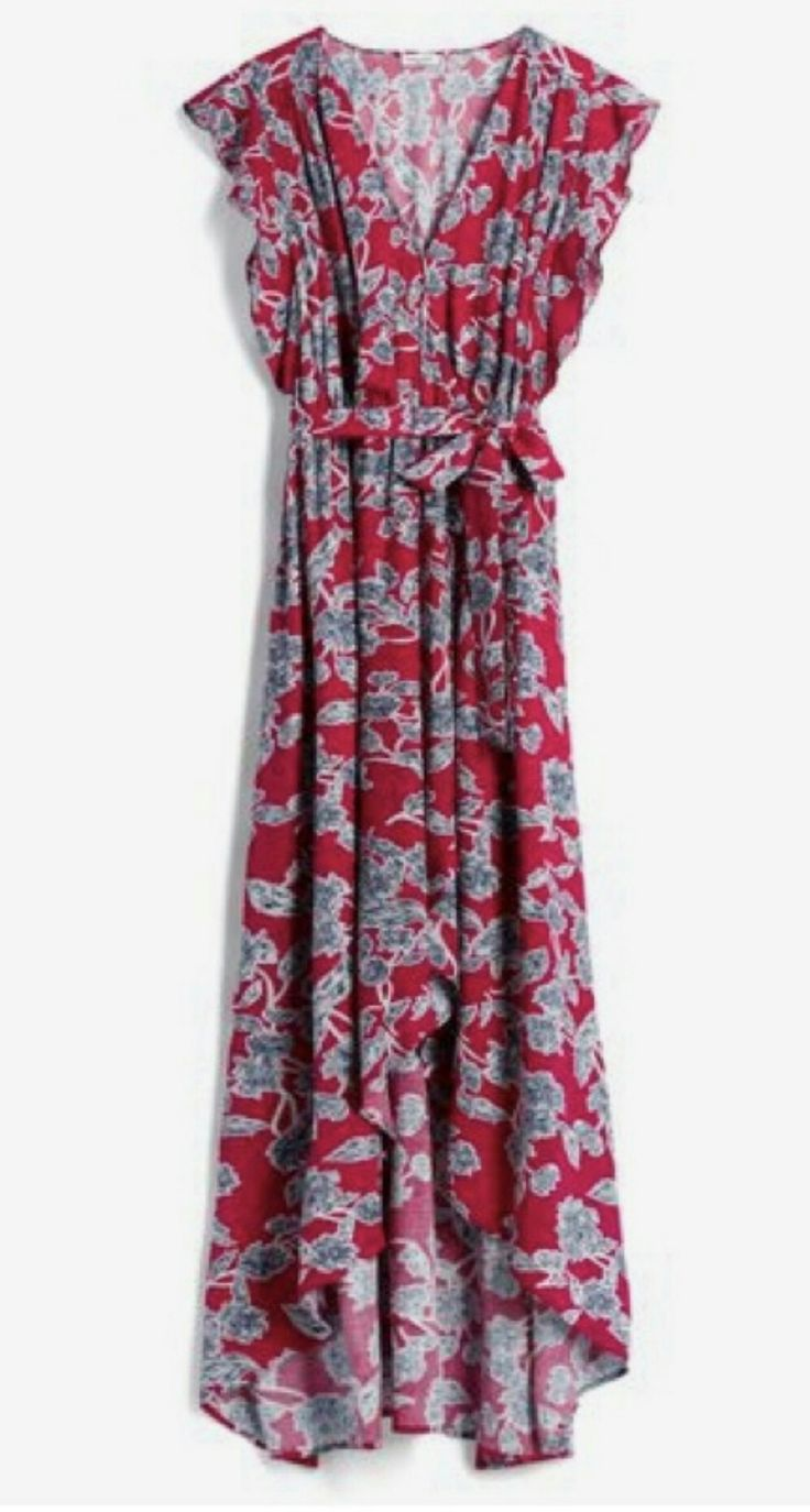 Love the high low hem, print, sleeves, everything about this dress!