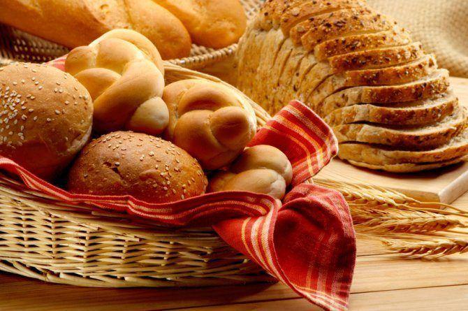 Recopilamos en una pequeña lista los tres alimentos que más nos dan hambre después de consumirlos y más o menos así quedó la cosa.