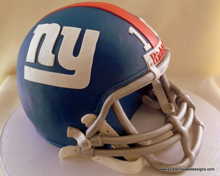 This weekend I worked with a really fun bride who wanted to surprise her fiance' with a groom's cake. He is a huge Eli Manning fan, so she decided to go with an Eli Manning, New York Giants football helmet.