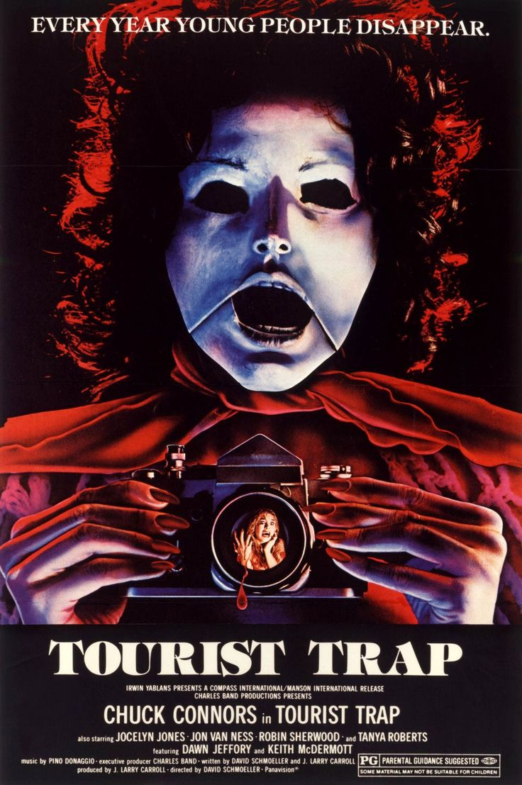 "Movie Review ""Tourist Trap"" (1979) Creepiest horror"