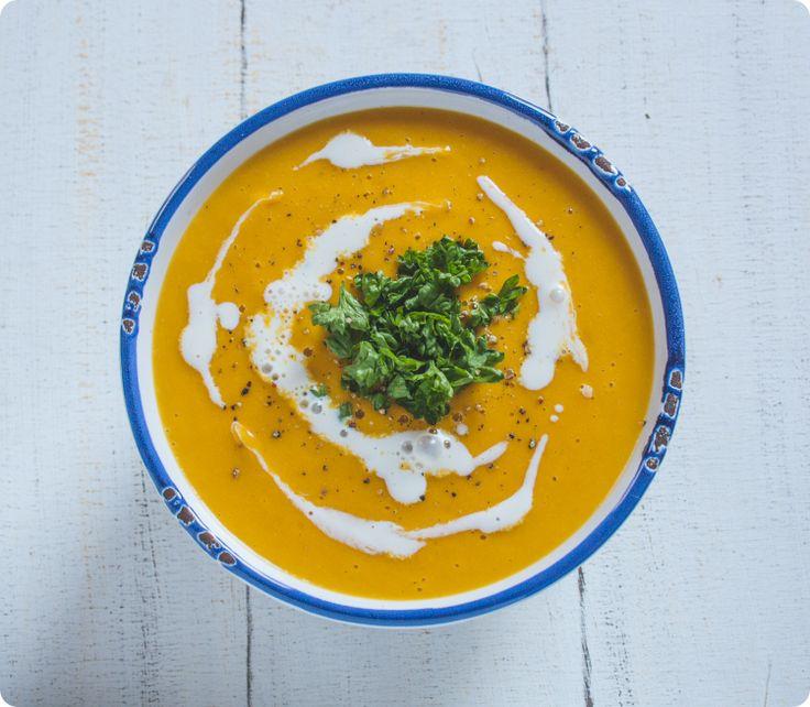 Karotten-Currysuppe aus dem Gefro Kochbuch | The Vegetarian Diaries