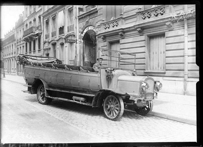 Auto car cook by agence rol 1920 national library of for Garage auto france