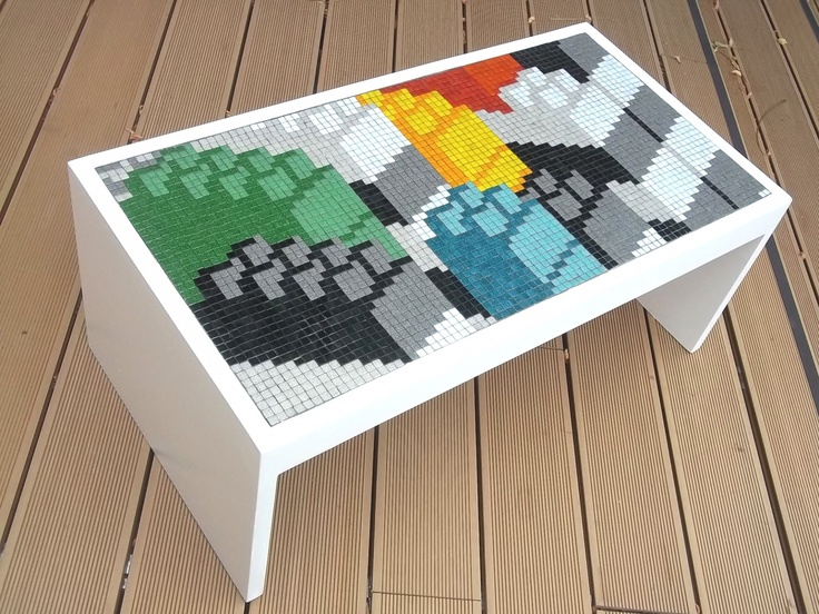 17 best images about pixel reference art on pinterest carpet design devote - Table basse multicolore ...