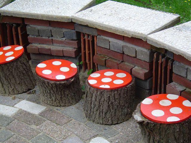 Verfraaide zitschijven, Terwindtschool, Groesbeek   Foto: Marianne van Lier