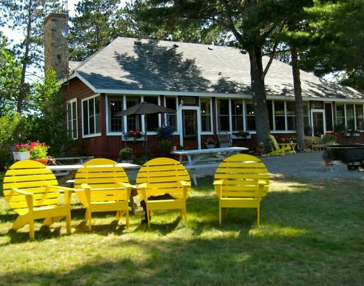 Chippewa cottage and camping resort..Barry bay. Top pick