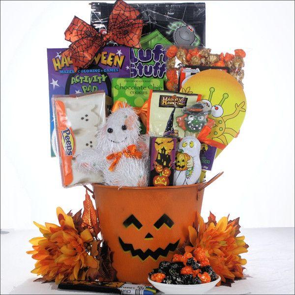 Bridal Shower Gift Basket Climbing On House Halloween: 1000+ Ideas About Wedding Gift Baskets On Pinterest