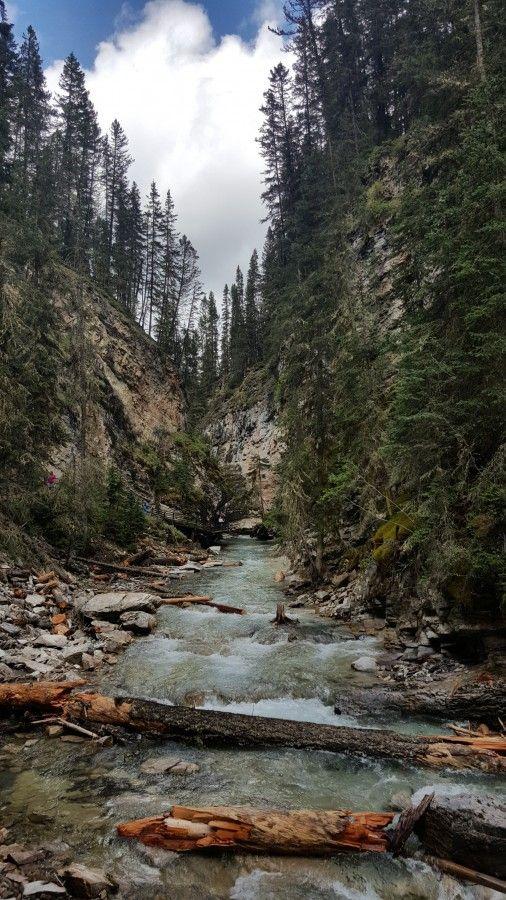 Johnston Canyon, Banff National Park #Canada #CanadianRockies