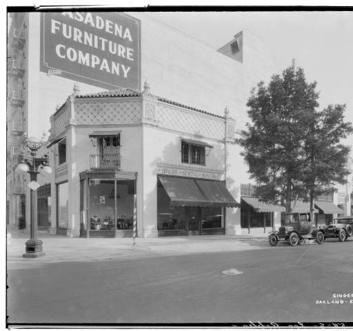 Singer Building, 520 East Colorado, Pasadena. 1926. :: Huntington Library, Art Collections, and Botanical Gardens