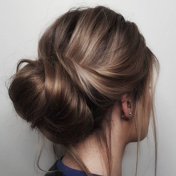 15 Astonishing Girls Hairstyles For First Communion Ideas Messy Bun Hairstyles Bun Hairstyles Messy Hairstyles