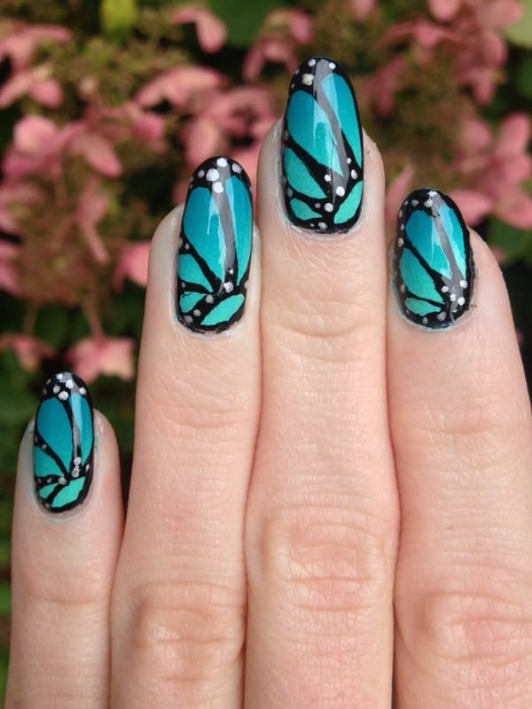 6040516-butterfly-nails