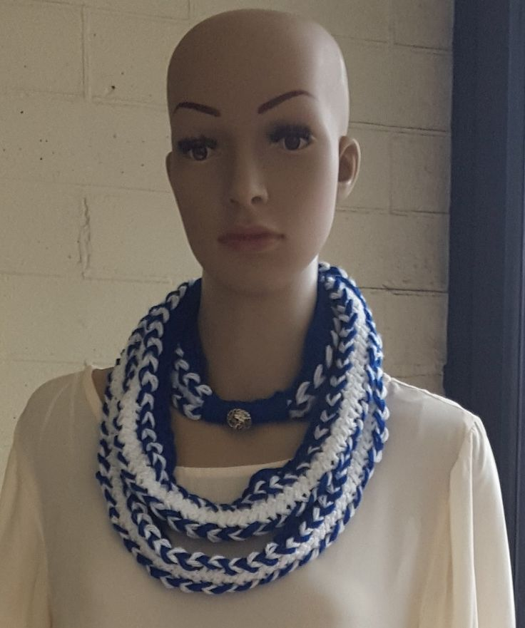 Crochet Hairpin Lace Infinity Scarf,  Royal Blue and White Scarf, Skinny Scarf, Narrow Scarf, Infinity Cowl, Necklace Scarf, Woollen Scarf by KalaaStudio on Etsy