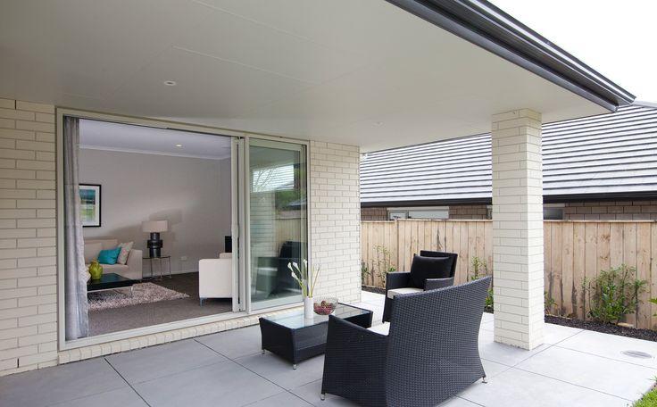 Summer evenings at home || G.J. Gardner Homes NZ
