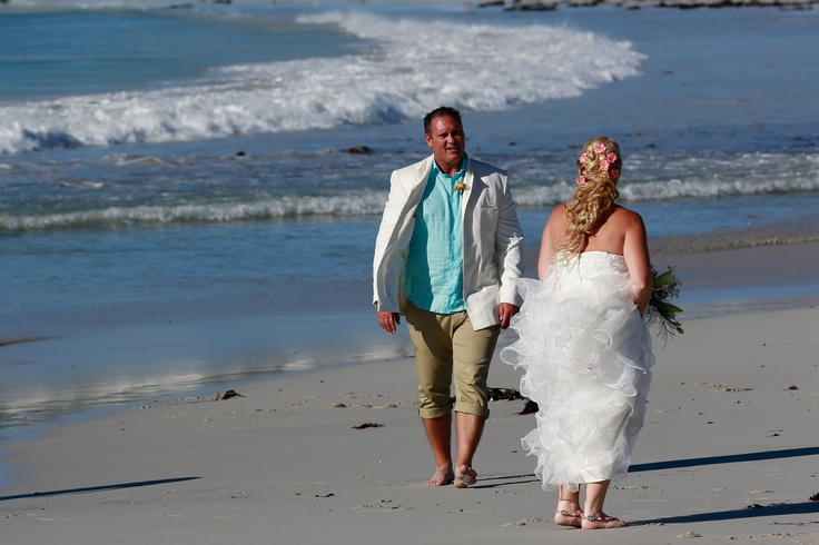 What to wear for a beach wedding...