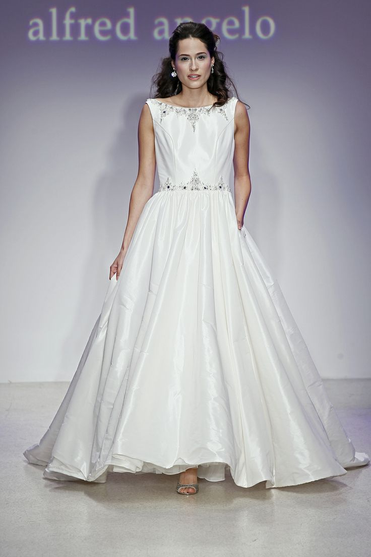 8 best hawaiian wedding dress ideas images on pinterest hawaiian alfred angelo 2389 wedding dress off retail ombrellifo Image collections
