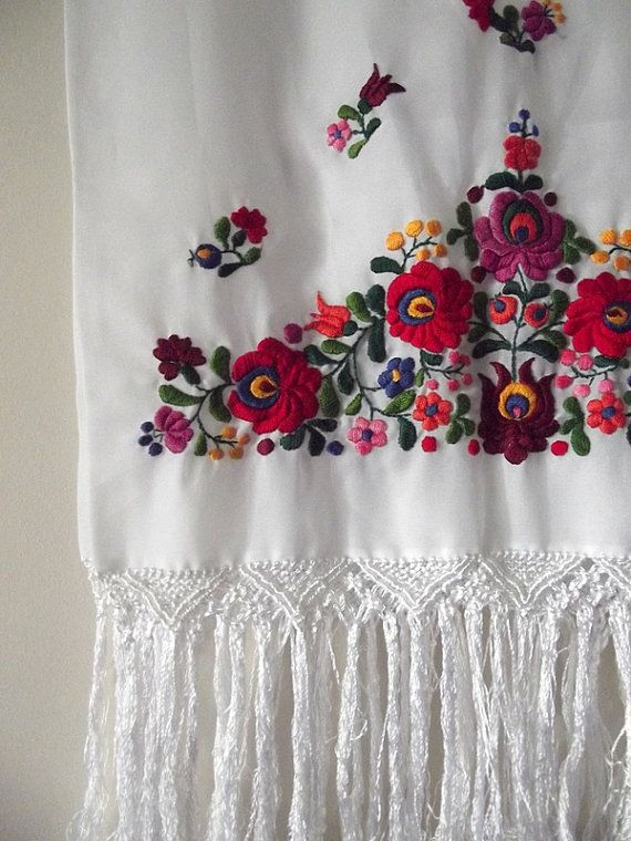 folk embroidery, hungarian