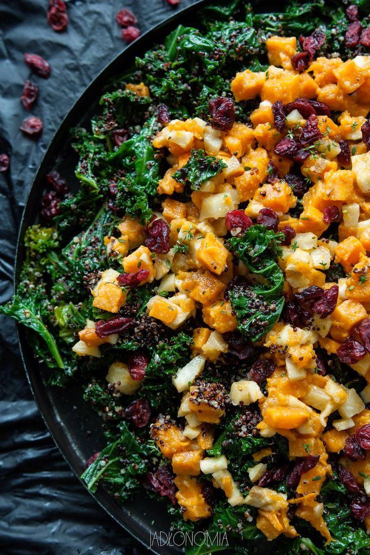 jadłonomia · roślinne przepisy: Sałatka z quinoa i jarmużu