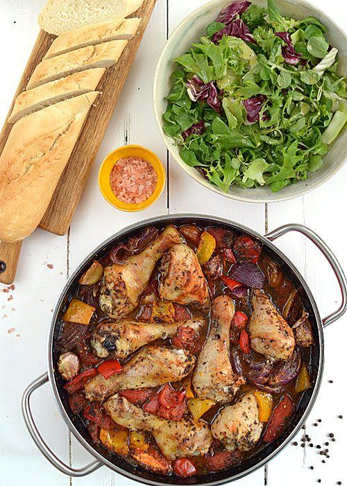 Zapiekane udka z kurczaka z warzywami, inspirowane pomysłem Jamiego Olivera z książki Gotuj sprytnie jak Jamie - etap 4