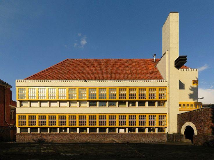 ARCHITECTEN provincie GRONINGEN: SIEBE JAN BOUMA 1899- 1959