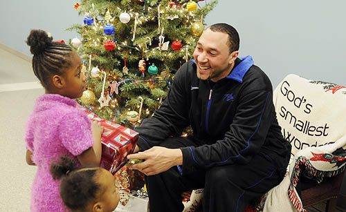 "From tragedy, Steelers' Charlie Batch offers hope - Pittsburgh Post-Gazette  Ralph Waldo Emerson-via Charlie Batch-""Do not go where the path may lead;go instead where there is no path and leave a trail."""