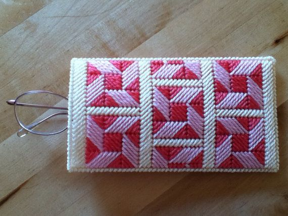 Plastic canvas Eyeglass case by were00 on Etsy, $8.00