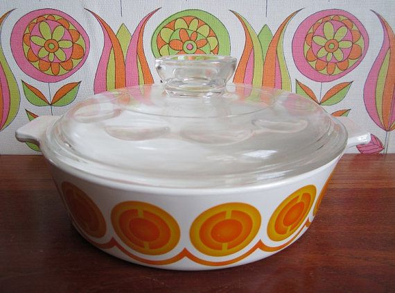 Vintage Pyroflam Electro Orange Suns Casserole by TeaCupCakeNL
