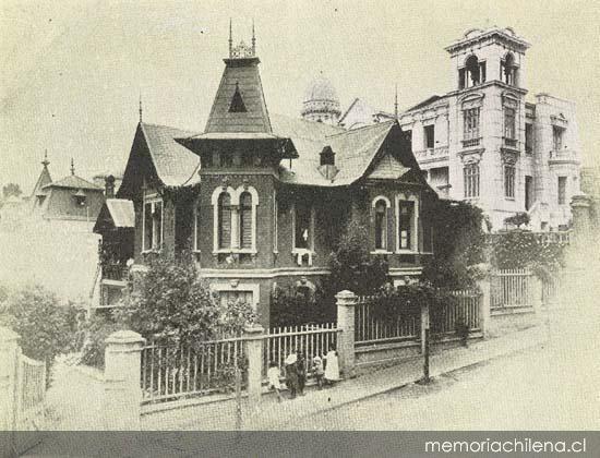 Casa de Luis Edwards Sutil, en la subida del Cerro del Castillo   --   Memoria Chilena