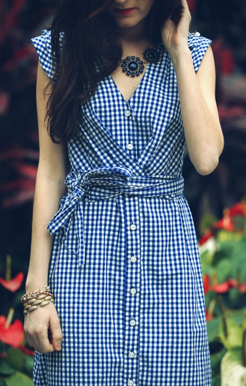 Blue gingham || Dress. Where can I find this dress?!!