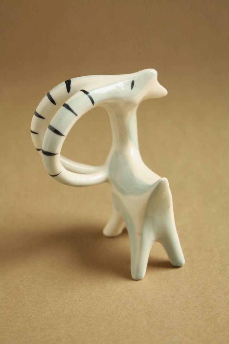 Art deco porcelánok: Kecske - Drasche porcelán