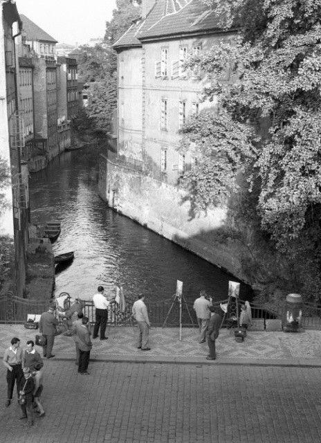 Pražské Benátky (1402-2), Praha, 1961 • |black and white photograph, Prague|