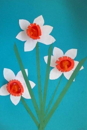Daffodils - Artsonia Lesson Plan