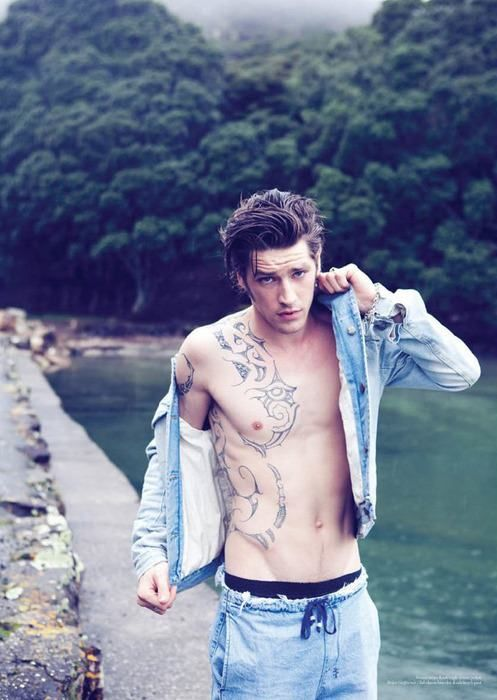169 best cute boys with piercings and tattoos images on for Guys with tattoos tumblr