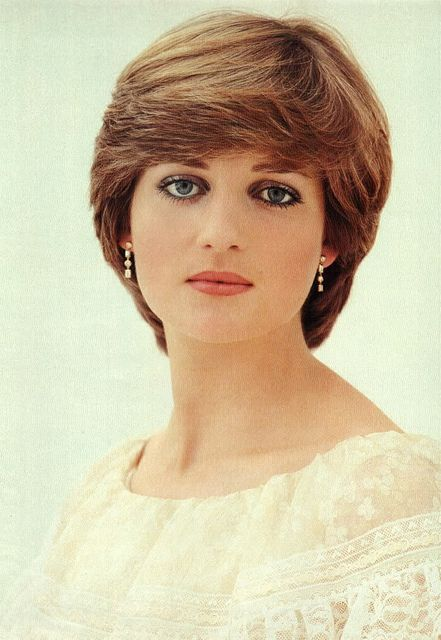 Beautiful Lady Diana  official pre-wedding portrait. <3 <3