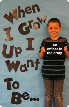 """When I Grow Up"" student photo idea. Maybe fir kindergarten or 8 th grade??"
