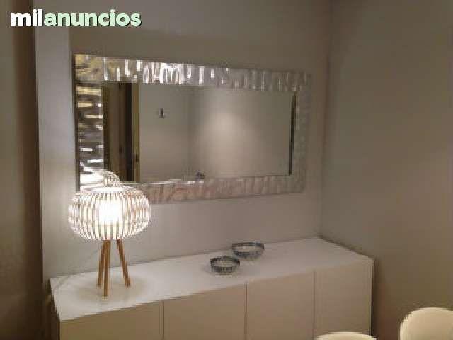 Taller de enmarcaci n de cuadros y espejos con marcos y for Disenos de marcos de madera para espejos