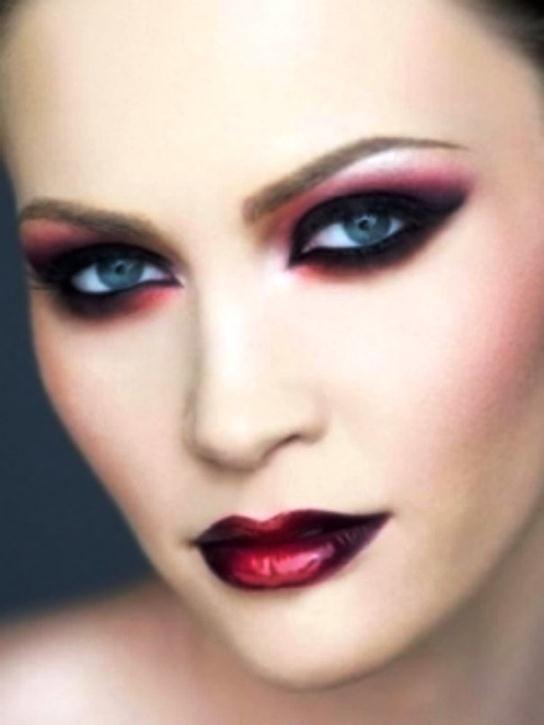 5fddb  vampire girls makeup 19 Vampire Girls Make up And Hairstyles