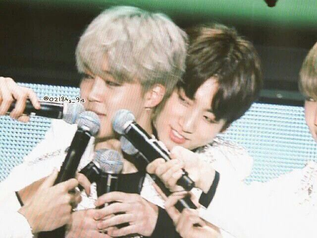 I like how when the maknae line talks the other members just shove the goddamn mic into their faces