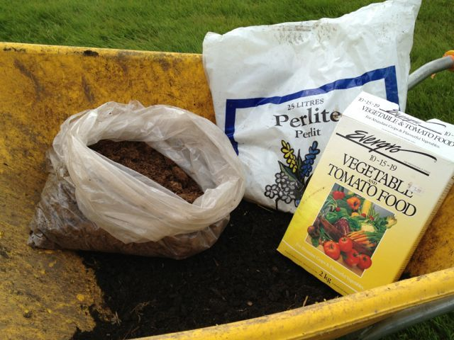 38 best images about square foot gardening on pinterest for Cheap garden soil
