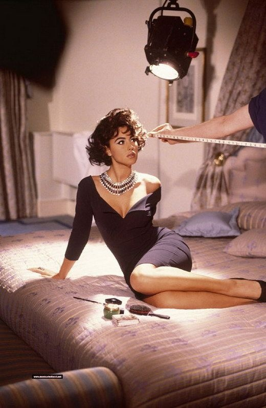 Monica Bellucci 1991 http://forums.thefashionspot.com/showpost.php?p=4750268=771