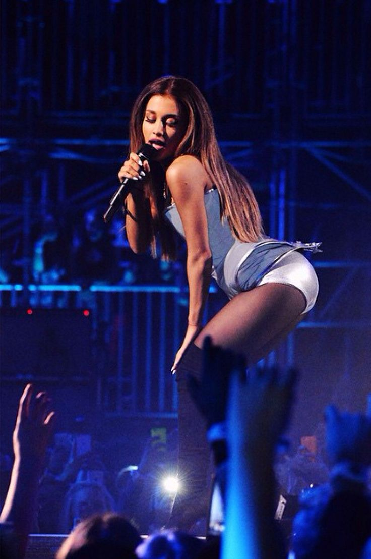 Ariana Grande In Panties December 2017
