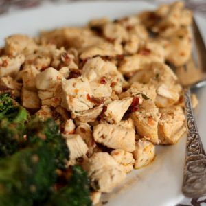 Steaming hot bites of chipotle ranch flavored chicken, dipped into cold ranch dressing made for a fun and fast dinner. I tossed the broccoli into the pan right after the chicken (much like I did with this zucchini) and it absorbed the spices and sauce as it cooked. The total cooking time for this mealRead More
