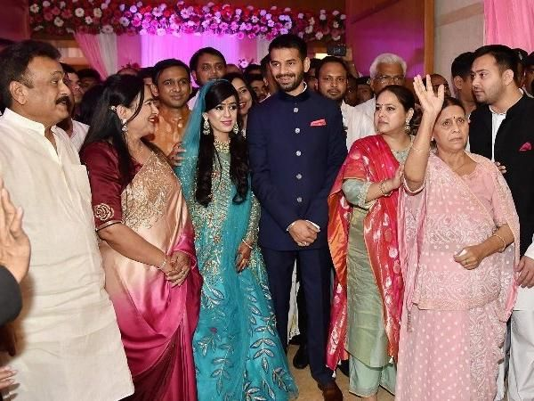 In The Event You Thought Actress Sonam Kapoor S Marriage Ceremony With Anand Ahuja Was Lavish Wait Until You Study Particul Engagement Ceremony Trending Women