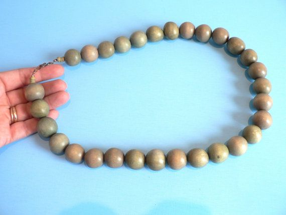 Pale Green Wooden Bead Necklace by myTreasureNook on Etsy